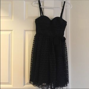 Size 0 VS Moda International Black Lace Dress